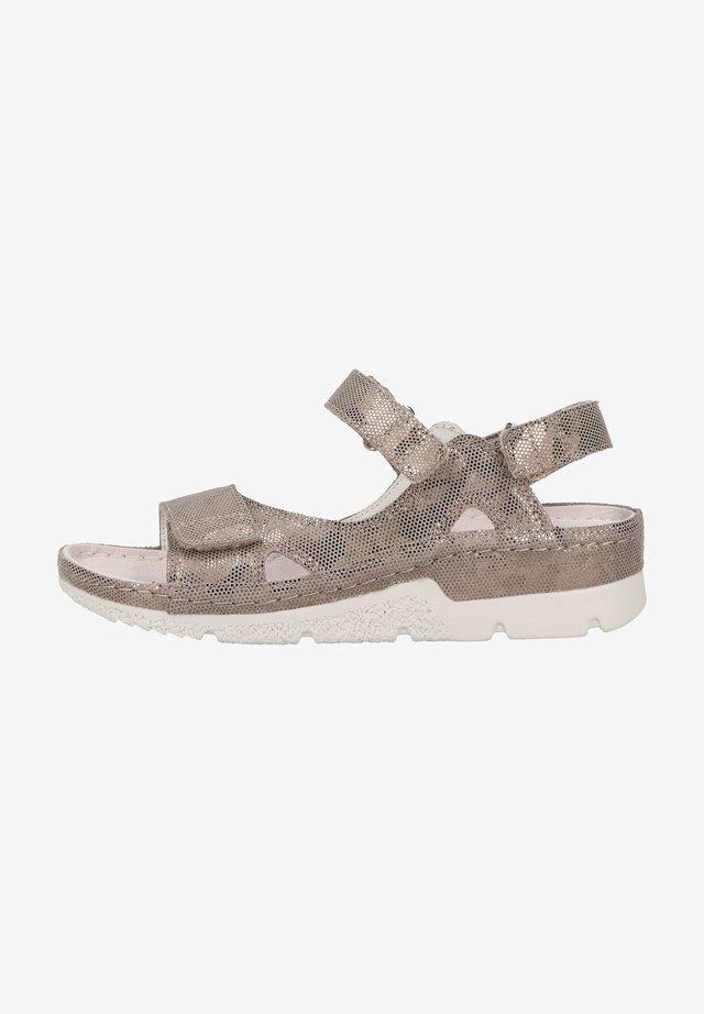 Sandały na koturnie - bronze/shiny