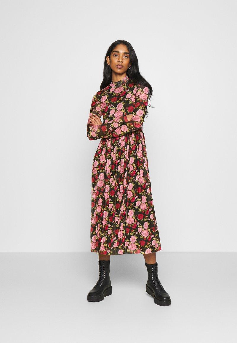 NA-KD - MIDI DRESS - Day dress - rose