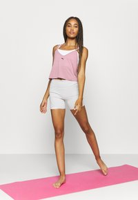 Puma - STUDIO STRAPPY TANK - Funktionsshirt - foxglove heather - 1