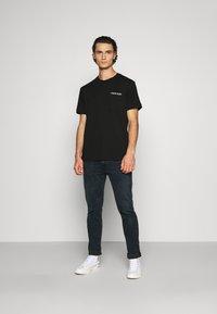Calvin Klein - POCKET - Print T-shirt - black - 1