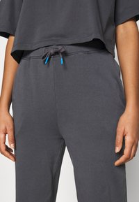 Pepe Jeans - POLINA - Tracksuit bottoms - steel grey - 4