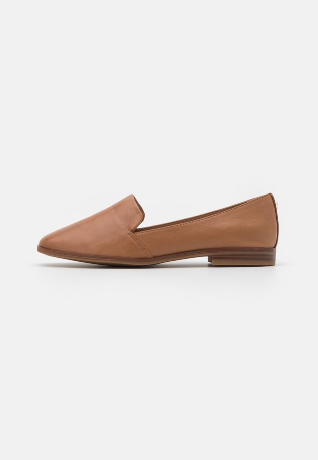 VEADITH - Slippers - cognac
