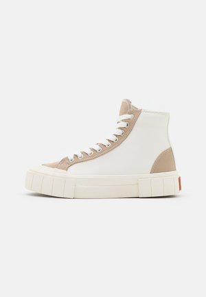 PALM VEGEA UNISEX - Sneakers hoog - white