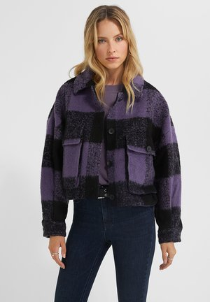 Fleece jacket - city skyline/black