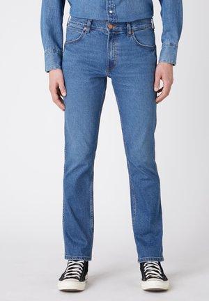 GREENSBORO - Straight leg jeans - cold fire