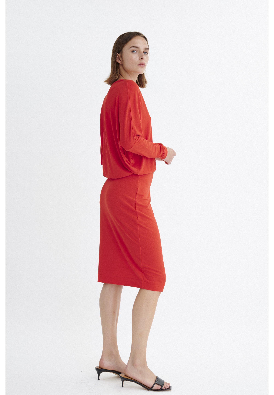 inwear röd sammetsklänning