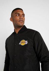 New Era - NBA TEAM LOGO JACKET LOS ANGELES LAKERS - Training jacket - black - 3