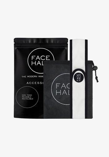 FACE HALO ACCESSORIES - Skincare set - black/white