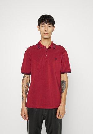 Polo - bally red
