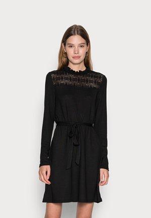 VMMALENA SHORT DRESS - Stickad klänning - black