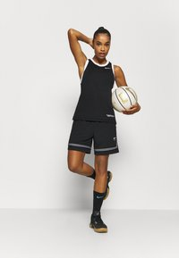 Nike Performance - FLY CROSSOVER SHORT - Sports shorts - black/white - 1