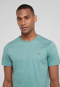 Polo Ralph Lauren - PIMA - T-shirt basic - pine heather - 3