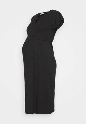 KEYHOLE PLEATED MATERNITY AND NURSING DRESS - Žerzejové šaty - black