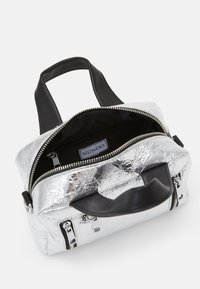 Núnoo - MINI DONNA COOLING - Sac à main - silver - 2