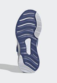adidas Performance - FORTARUN RUNNING - Stabilty running shoes - blue - 5