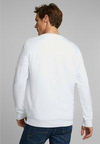 Esprit - Collegepaita - white - 2
