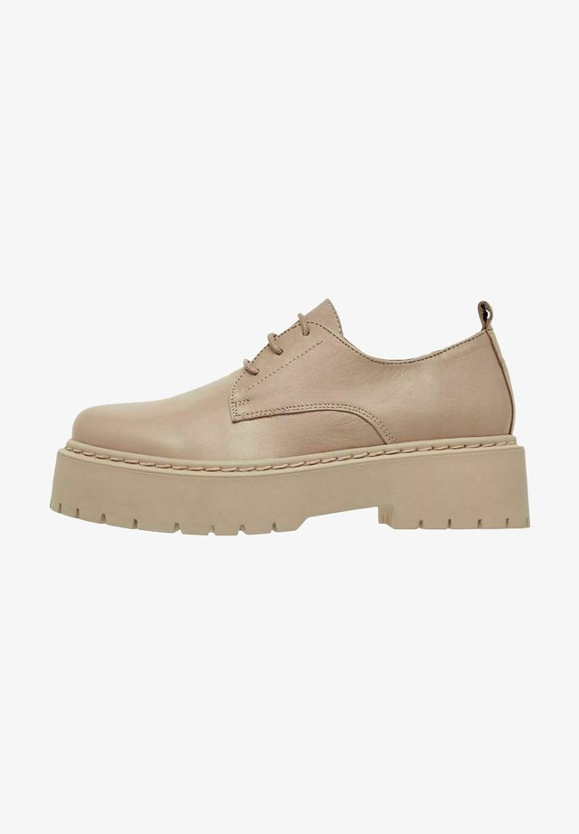 BIADEB LACED SHOE - Oksfordki - light brown