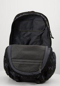 Nike Sportswear - Batoh - black/white - 3