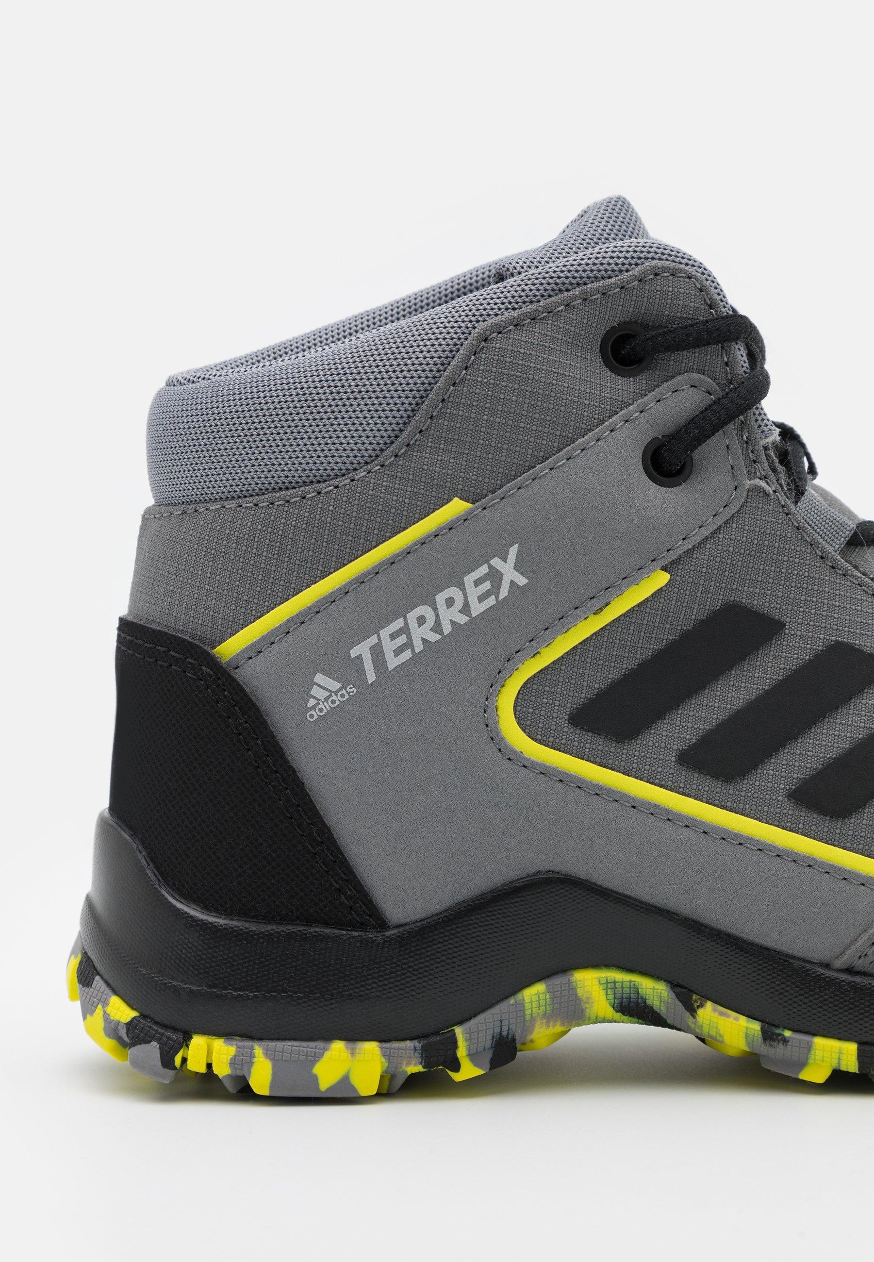 Enfant TERREX HYPERHIKER TRAXION HIKING SHOES UNISEX - Chaussures de marche