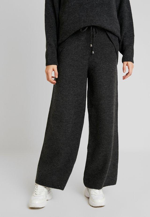 TROUSER - Pantaloni - grey