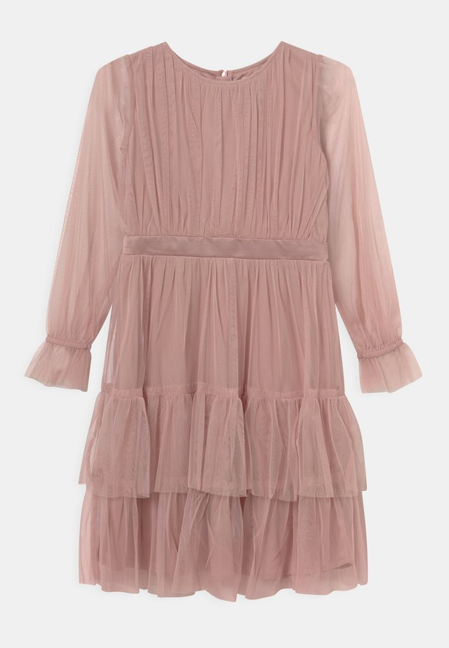 BISHOP SLEEVE RUFFLE DETAIL  - Cocktailjurk - frosted pink
