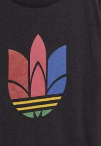 adidas Originals - ADICOLOR 3D TREFOIL - Print T-shirt - black - 2