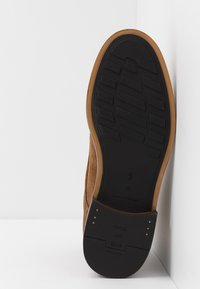 Shoe The Bear - NED - Šněrovací kotníkové boty - tobacco - 4