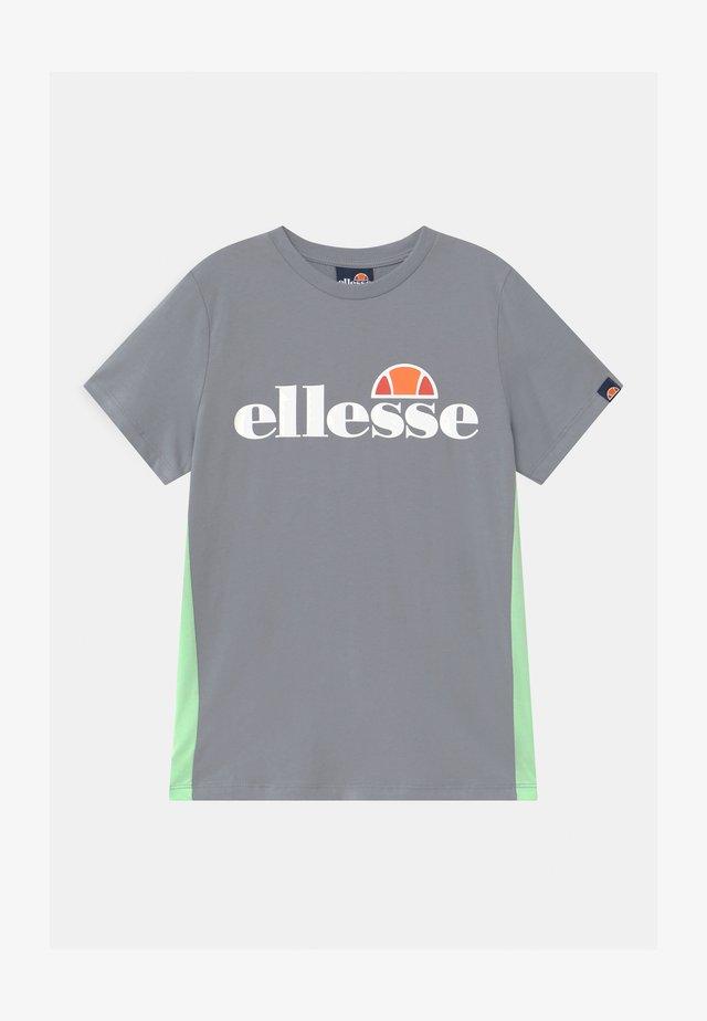 FABIOZ - Print T-shirt - grey