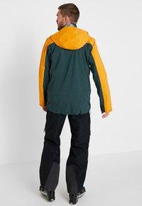 Haglöfs - STIPE JACKET MEN - Snowboardová bunda - mineral/desert yellow - 2