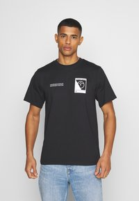The North Face - STEEP TECH LOGO TEE UNISEX  - Print T-shirt - black - 0