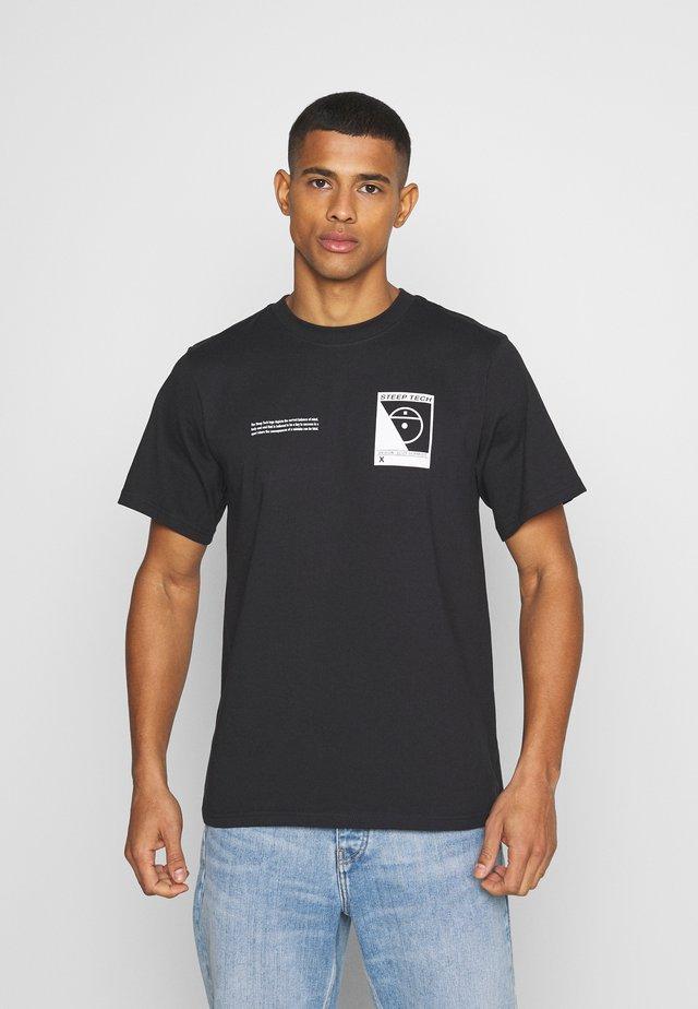 STEEP TECH LOGO TEE UNISEX  - T-shirt imprimé - black