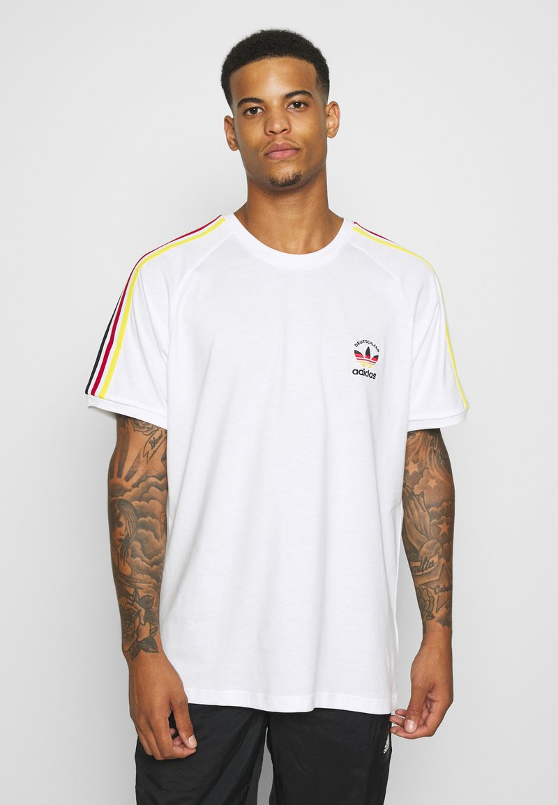 adidas Originals - STRIPES SPORTS INSPIRED SHORT SLEEVE TEE UNISEX - T-shirt imprimé - white