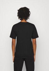 Carhartt WIP - SCRIPT - Camiseta estampada - black/white - 2