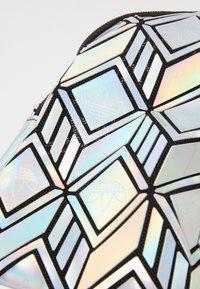 adidas Originals - MINI  - Batoh - silver - 2
