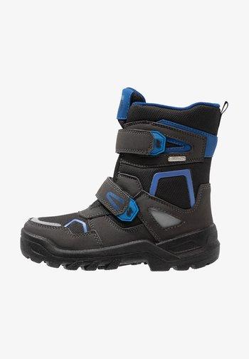 KASPAR SYMPATEX - Winter boots - black/cobalt