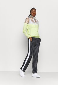 Ellesse - SAPELLI WINDRUNNER - Training jacket - light green - 1