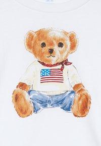 Polo Ralph Lauren - BEAR TEE - Print T-shirt - white - 2