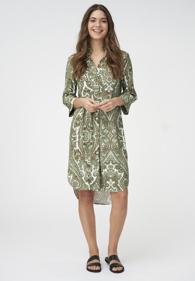 KAMILLE - Day dress - paisley army