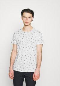Blend - TEE  - T-shirt med print - snow white - 0