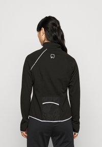 ONLY PLAY Petite - ONPPERFORMANCE RUN BRUSHED ZIP - Training jacket - black - 2