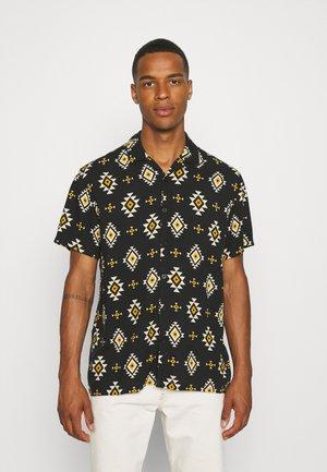 Skjorta - multi colour