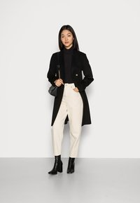 American Vintage - TINEBOROW - Relaxed fit jeans - ecru - 1