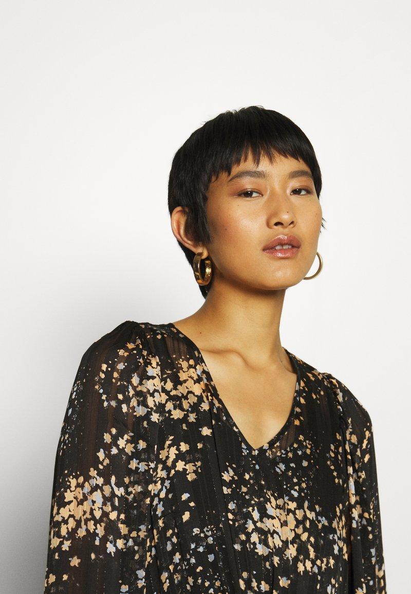 Second Female SNORA DRESS - Freizeitkleid - black beauty/schwarz NX6Kqz