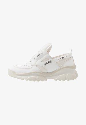 Sneakers - gommato white/cristallo