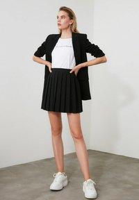 Trendyol - A-line skirt - black - 3