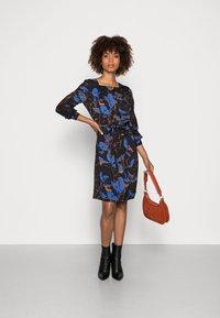 Thought - DEVERELL TIE FRONT DRESS - Denní šaty - black - 1