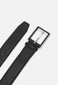 Calvin Klein - TWO STEP MONO - Belt - black - 1