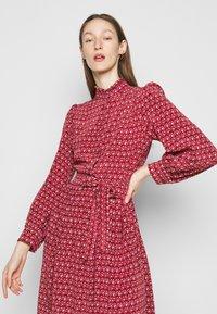 WEEKEND MaxMara - VERBAS - Robe chemise - rot - 3