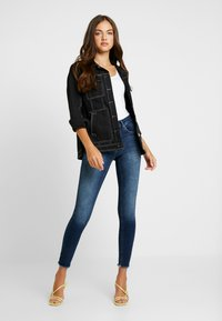 ONLY - ONLBLUSH RAW REA - Skinny džíny - dark blue denim - 1
