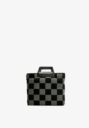 MIT SCHACHBRETTMUSTER - Tote bag - grey